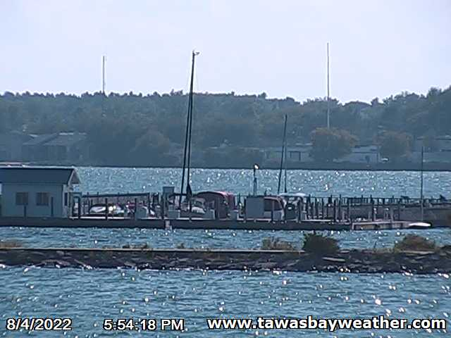 East Tawas webcam - Tawas Bay webcam, Michigan, Iosco County